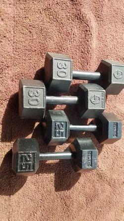 HEXHEAD DUMBBELLS for Sale in Chicago, Illinois