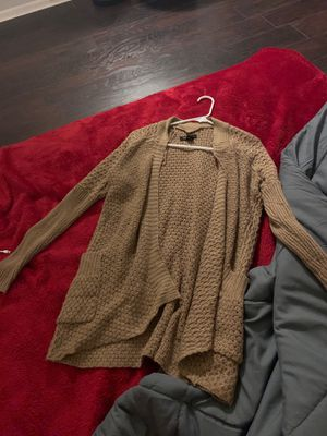 CUTE BROWN CARDIGAN SIZE S for Sale in Blackwood, NJ