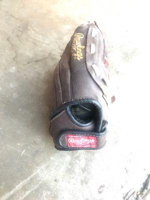 Rawlings 10 inch baseball/softball glove for Sale in West Covina, CA