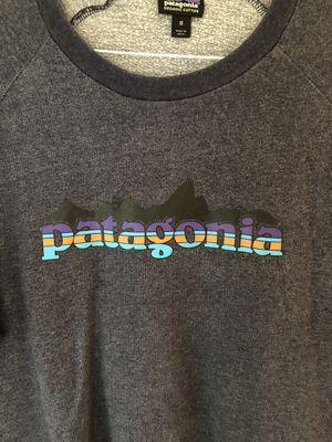 Patagonia crewneck sweatshirt for Sale in Elmhurst, IL