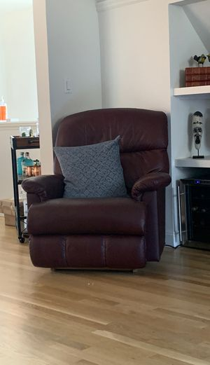 Recliner for sale for Sale in San Francisco, CA
