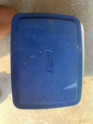 Personal Coleman Ice Box/Cooler for Sale in Addison, IL