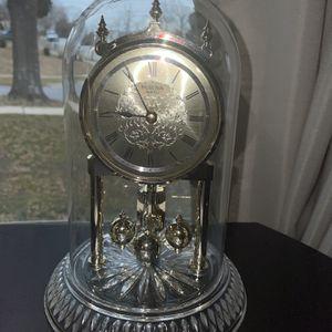 Antique Bulova Quartz Clock for Sale in Fort Washington, MD