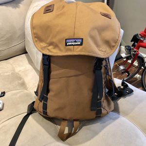 Patagonia Brown Backpack Rucksack for Sale in Queens, NY