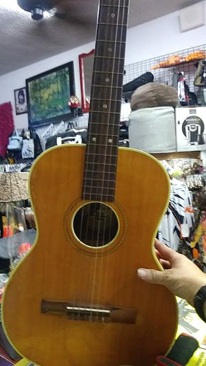 GUITAR ESPANA BRAND MADE IN SEEDEN for Sale in San Leandro, CA