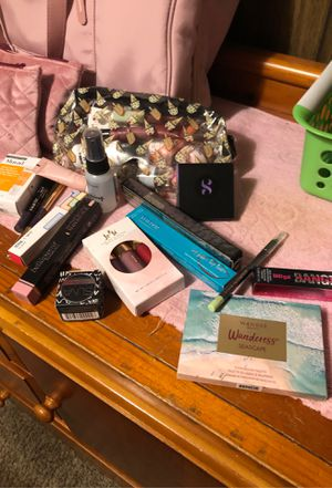Beauty and makeup for Sale in Lindsay, CA