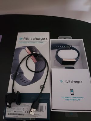 Fitbit charge 3 tracker. Used it for couple of monts. for Sale in Wheeling, IL