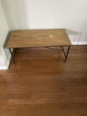 Modern sleek coffee table for Sale in Houston, TX