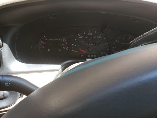 Ford Taurus SE Sedan 4D 2002