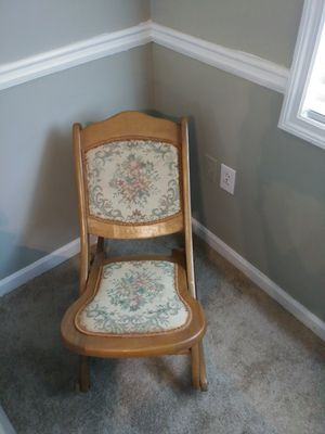 Antique Rocking Chair for Sale in Dublin, GA