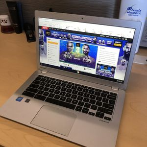 TOSHIBA CHROMEBOOK 2 LAPTOP 13.3 INCH 4GB RAM WEBCAM AND WIFI for Sale in Beverly Hills, CA