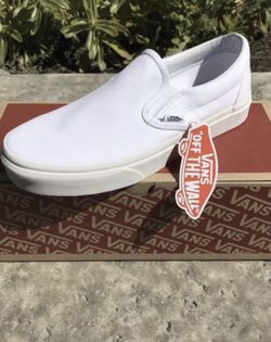 Vans slip on ( Mens 4, 5, 6, 7.5, 8, 8.5, 9, 9.5, 10, 10.5, 11, 11.5, 12 / Women's 5.5, 6.5, 7.5, 9, 9.5, 10, 10.5 ) ONLY ! for Sale in Anaheim,  CA