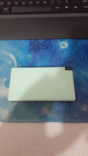 Custom Nintendo DS Lite READ DESCRIPTION for Sale in Upland, CA