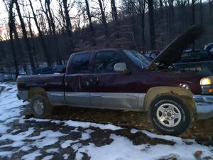 99-06 Gmc and Chevy 1500 parting out for Sale in Spencer, IN