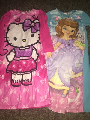 Kids size 5 nightgowns for Sale in Navarre, FL
