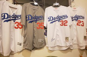 Dodgers jersey for Sale in Claremont, CA