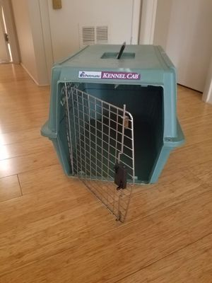 Dog crate by Petmate for Sale in Riverwoods, IL