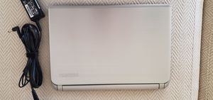 Toshiba Satellite 13.9 inch laptop for Sale in Chicago, IL