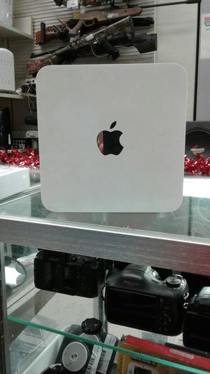 Apple for Sale in Victoria, TX