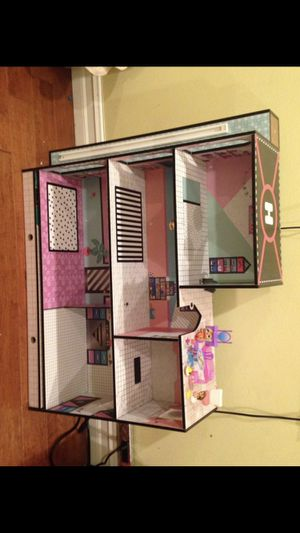 Kids doll house for Sale in Cerritos, CA