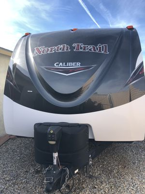 Heartland north trail caliber 22fbs 2018 for Sale in Hesperia, CA