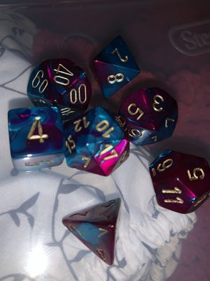 DND Starter Dice in case. Dungeon and dragons. for Sale in Tamarac, FL
