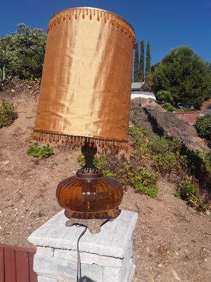 Large antique collectable bedside Lamp for Sale in San Diego, CA