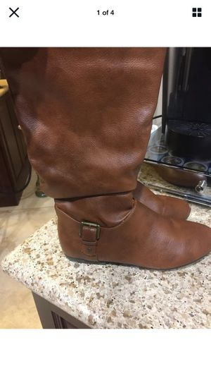 Bamboo Womens Boots Size 8 Brown (Porter Ranch) for Sale in Los Angeles, CA