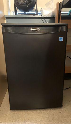 Black Danby 2.6 cu ft mini fridge for Sale in Penndel, PA
