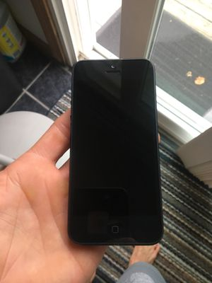 iPhone 5 (Mint) Unlocked for Sale in Johnston, RI