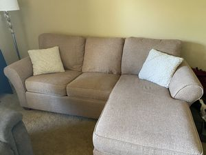 Nice pull out couch with a queen bed fold out for Sale in Vancouver, WA