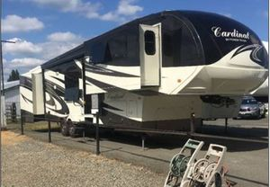 Cardinal by forest river fifth wheel for Sale in Richland, WA