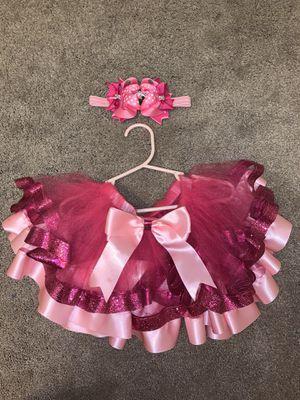 Minnie Mouse tutu and bow for Sale in Hampton, VA