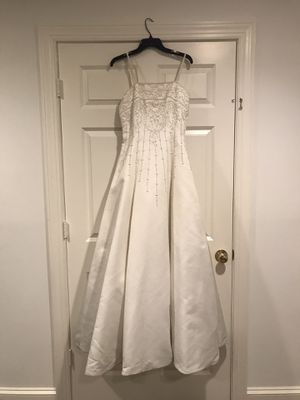 Size 7 wedding dress for Sale in Fairfax Station, VA