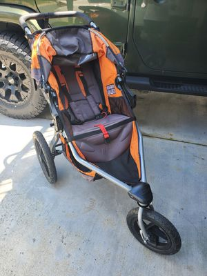 BOB Britax Revolution Jogging baby Stroller - Up to 75 Pounds - UPF 50+ Canopy - Adjustable Handlebar - reclines for Sale in Germantown, MD