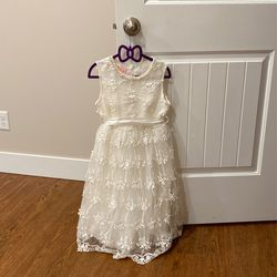 Flower Girl Dress Size 8 for Sale in Salem,  OR