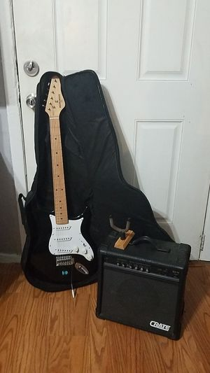 Behringer 6 string electric guitar with amplifier for Sale in Fort Worth, TX