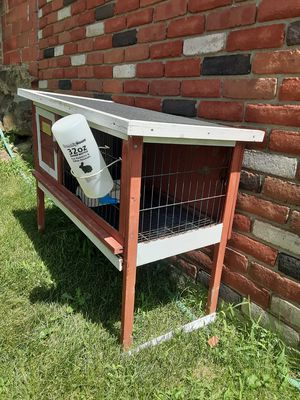 Small animal cage for Sale in Wilmot, OH