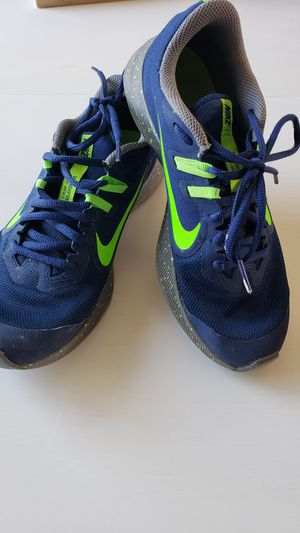Nike shoes youth for Sale in Alexandria, KY