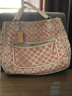Spring peach coach purse for Sale in Clovis, CA