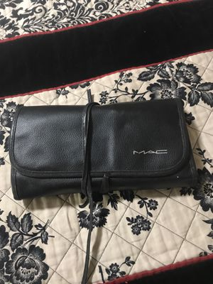 MAC makeup brush set with case for Sale in Mesa, AZ