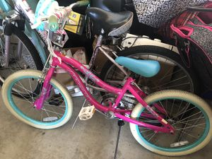 Girls bike for Sale in Bend, OR