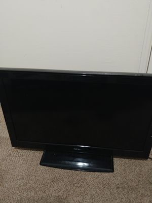 32 inch flat screen TV for Sale in Fresno, CA