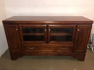 Wooden TV Stand for Sale in Apopka, FL