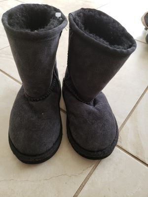 Ugg style kids snow boots, real sheep skin, size 10 for Sale in Morrison, CO