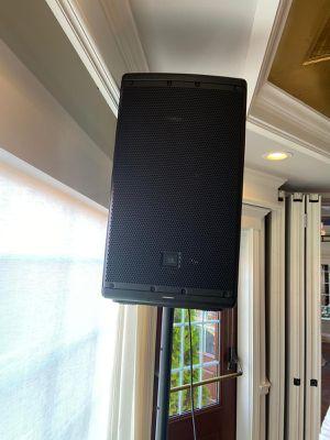 2 JBL EON612 speakers for Sale in Brooklyn, NY