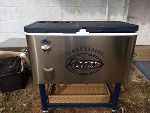 TOMMY. BAHAMA .COOLER for Sale in Indianapolis, IN