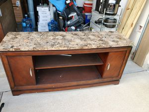 TV Stand (Heavy) for Sale in Katy, TX