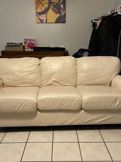 white leather couch for Sale in Austin,  TX