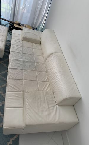 POLTRONA FRAU!!! High end Italian 3 piece furniture set. Couch, Ottoman & Chair!! New over 13k, asking ONLY 1,500 / OBO for entire set! Must sell, mo for Sale in Miami, FL